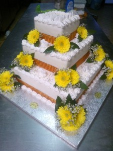 A beautiful custom cake by Pasiticceria Mimosa